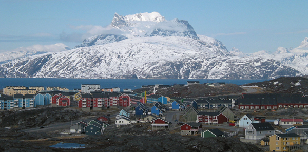 Greenland parliament votes unanimously for marriage equality