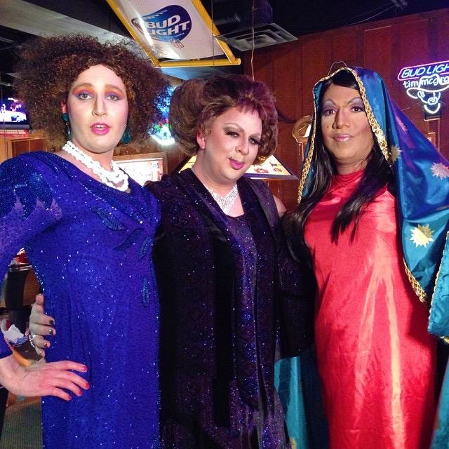 3 contestants