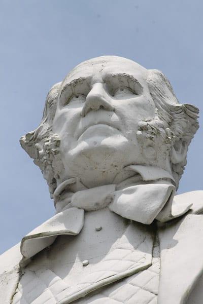 Side trip: The Sam Houston statue