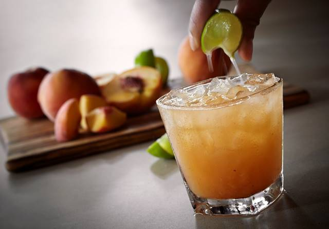 Cocktail Friday: Tennessee Peach