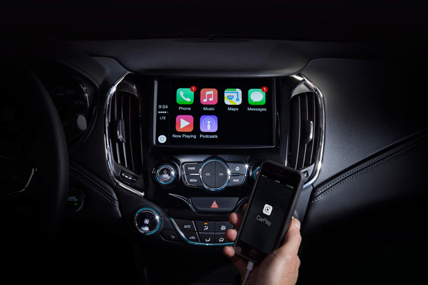2016-Chevy-Cruze-CarPlay
