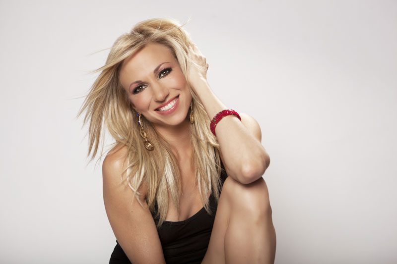 '80s pop stars Debbie Gibson, Tiffany to headline 2016 MetroBall