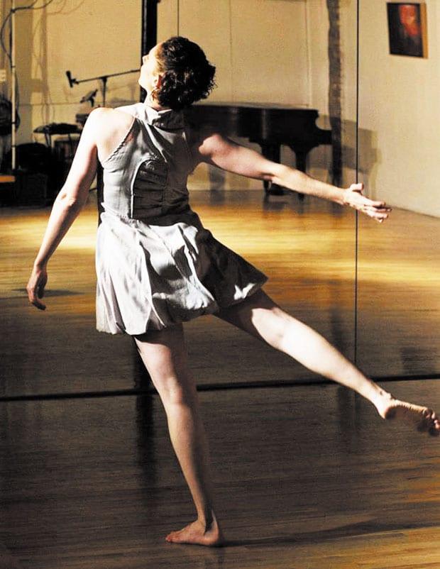 AOC-dance