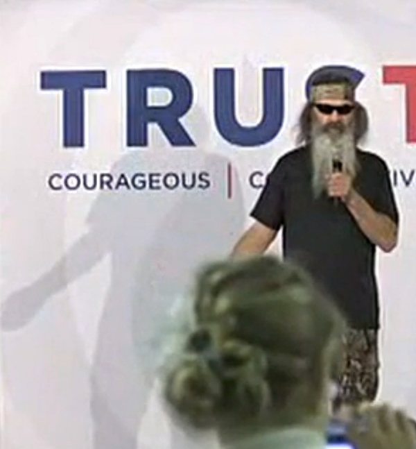 Phil Robertson urges Iowans to 'rid the earth' of same-sex marriage supporters