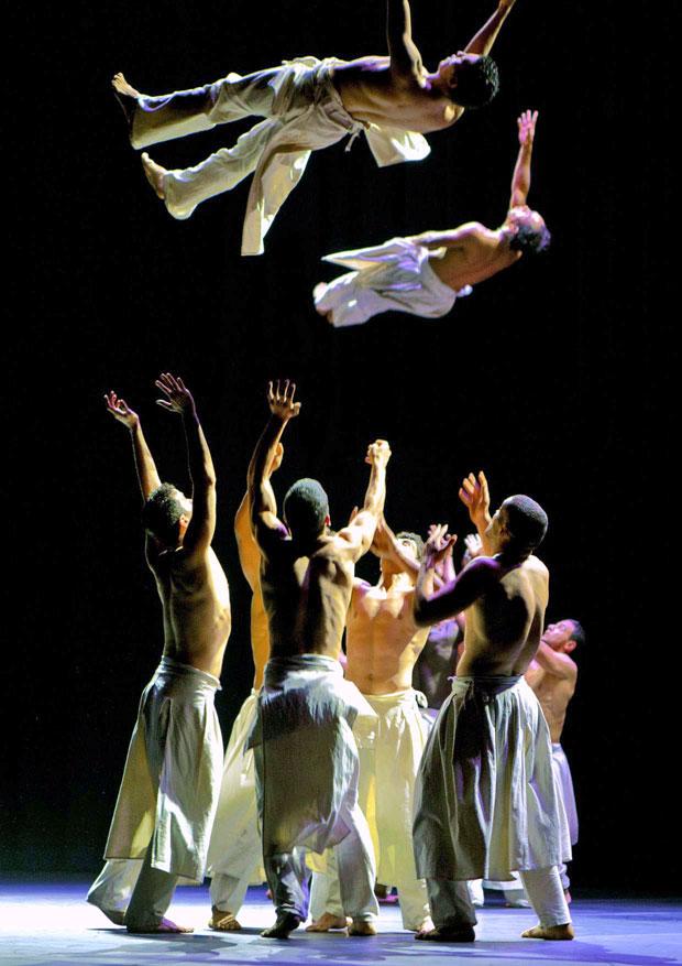 Dancers-Air