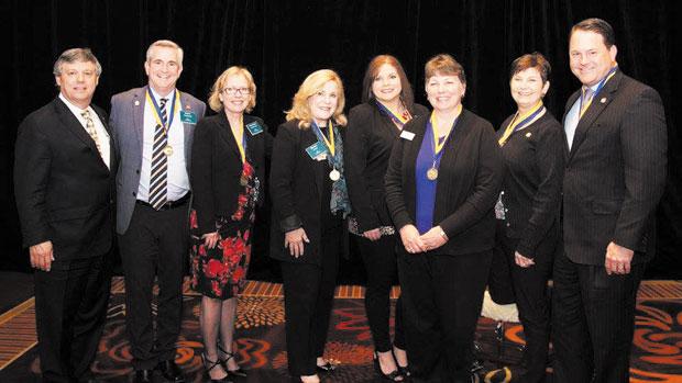 Habgood honored at TAR meeting