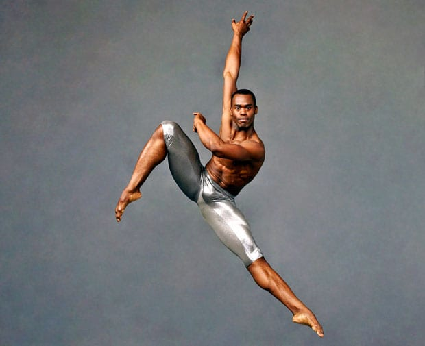 Alvin-Ailey-American-Dance-Theater's-Jamar-Roberts.-Photo-by-Andrew-Eccles_03