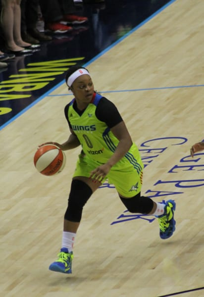 Dallas Wings dominate the court in home opener