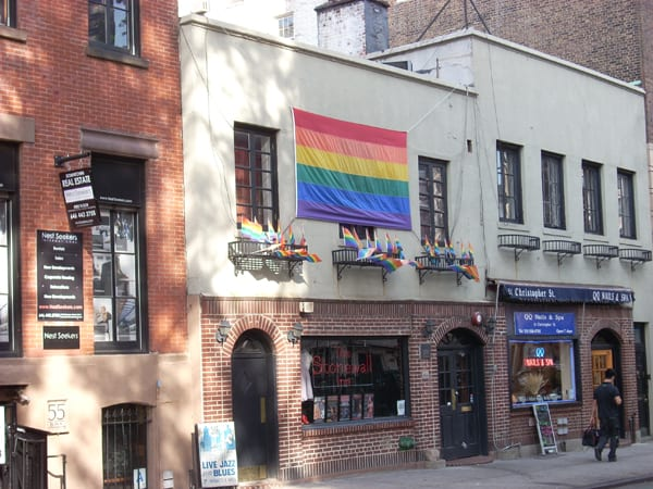 Obama names Stonewall Inn a national monument