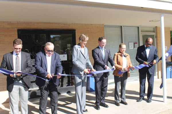 Resource Center holds ribbon cutting at health campus
