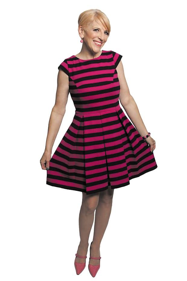 Lisa-Lampanelli-(striped-dress)