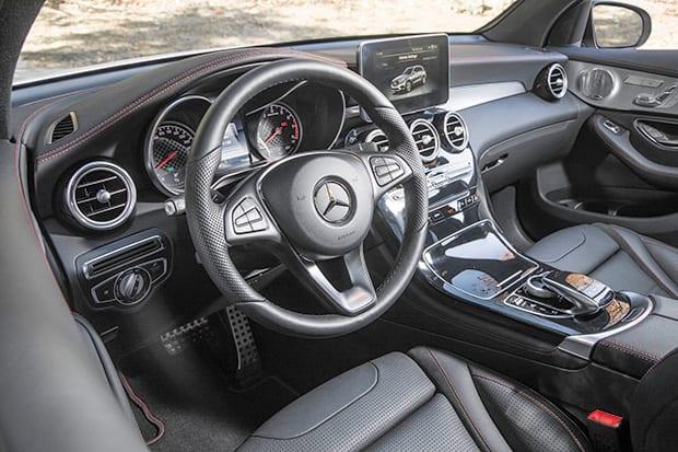GLC43-AMG-(interior)