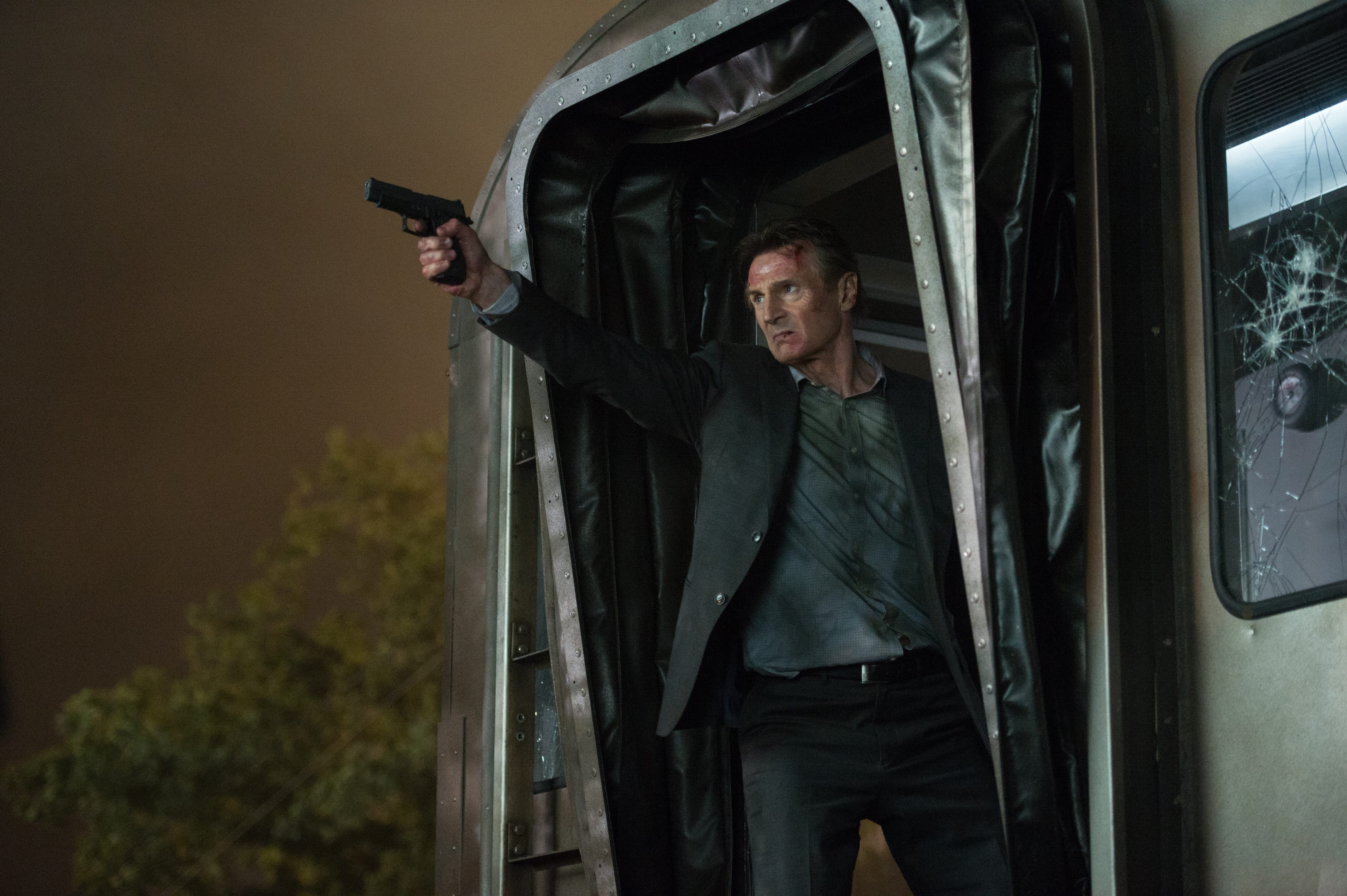 SCREEN REVIEW: 'The Commuter'