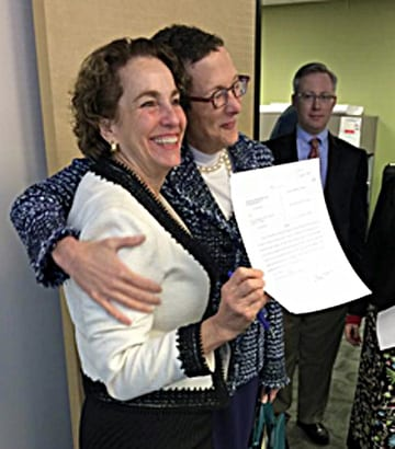VIDEO: Sarah Goodfriend and Suzanne Bryant are married in Texas