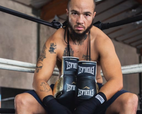 World's first trans boxing pro signed as face of Everlast