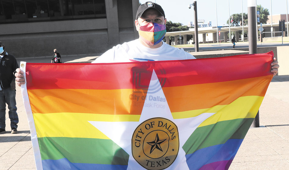 Dallas raises official city Pride flag